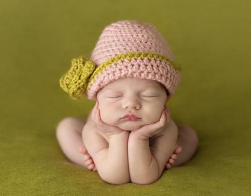 新生宝宝的睡姿和睡眠习惯